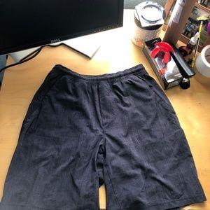 Lululemon shorts (Free shipping)